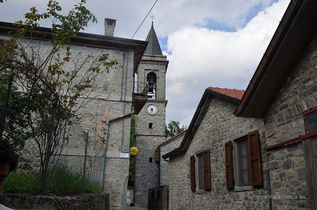 Il borgo di Guinadi (foto dal sito www.amalaspezia.eu)