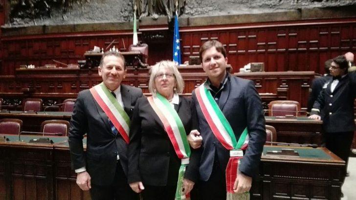 Tre sindaci lunigianesi alla Camera per la difesa dei piccoli Comuni