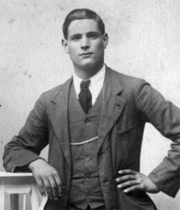 Clemente Pelli di Monzone (Fivizzano), artigliere morto nel 1916 a 21 anni sul fronte della Grande Guerra travolto da una valanga con altri trenta commilitoni