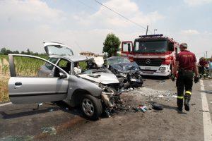Un incidente mortale e l'arrivo, ormai inutile, dei soccorsi