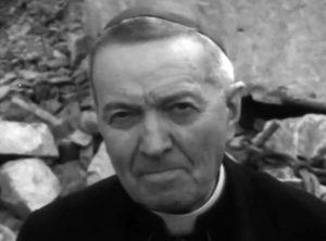 Mons. Luigi Rosa vescovo di Bagnoregio in un fotogramma del filmato del 1963 (da YouTube)