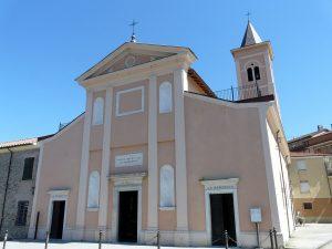 La facciata dell'abbazia di San Caprasio