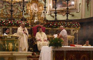 Il saluto del vescovo diocesano, mons. Santucci, a mons. Andrea Migliavacca vescovo di San Miniato