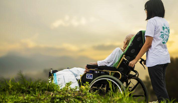 Prendersi cura di chi soffre