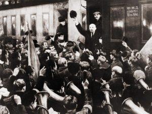 L'arrivo di Lenin a San Pietroburgo il 16 aprile 1917