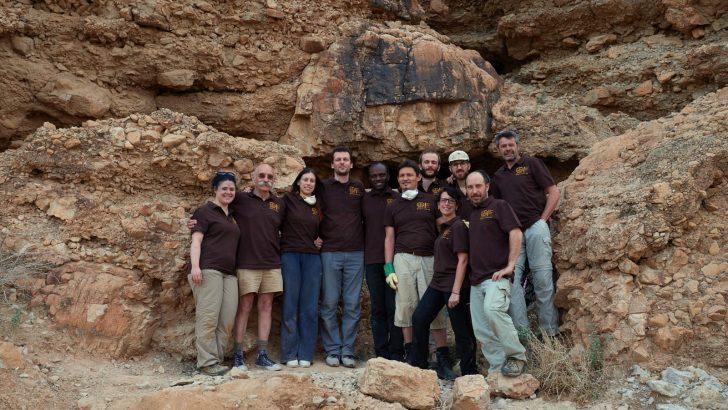Tra le grotte di Qumram gli Esseni nascosero i rotoli dell'Antico Testamento. Scavi archeologici dal 1948 li hanno ritrovati