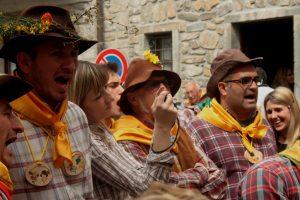 Gruppo del Canto del Maggio di Montereggio (6)