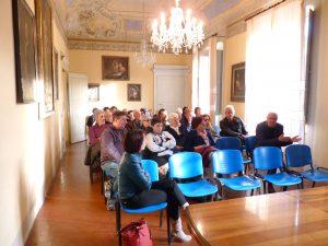 Il pubblico presenta all'incontro