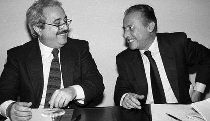 Falcone e Borsellino, servitori dello Stato che si fanno martiri