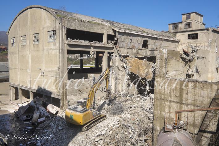 cementi_Pontremoli_demolizione01