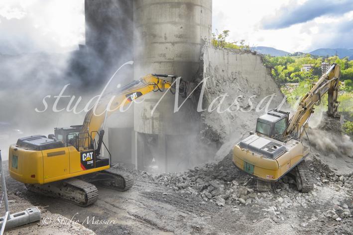 cementi_Pontremoli_demolizione04
