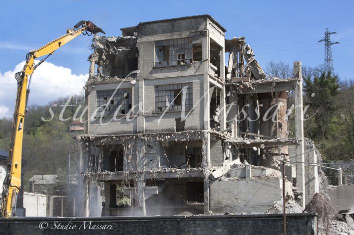 cementi_Pontremoli_demolizione07