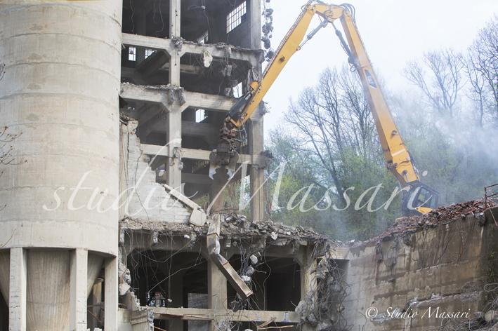cementi_Pontremoli_demolizione10