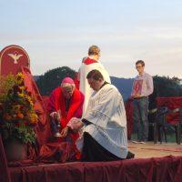"""""""Accogliamo la missione del Vangelo"""". L'invito del vescovo Giovanni alla  Veglia di Pentecoste"""
