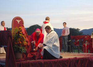Una delle precedenti edizioni della veglia diocesana a Luni