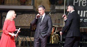 Gazebo sul palco del Premio Lunezia (foto di Massimo Pasquali)