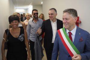 Il presidente Rossi e il sindaco Valettini all'Inaugurazione delle scuole elementari Aulla (foto Massimo Pasquali)