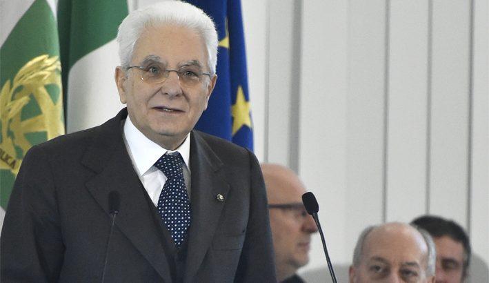 Da Mattarella un forte richiamo alle responsabilità della politica
