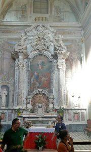 L'interno della chiesa di San Giacomo d'Altopascio a Pontremoli