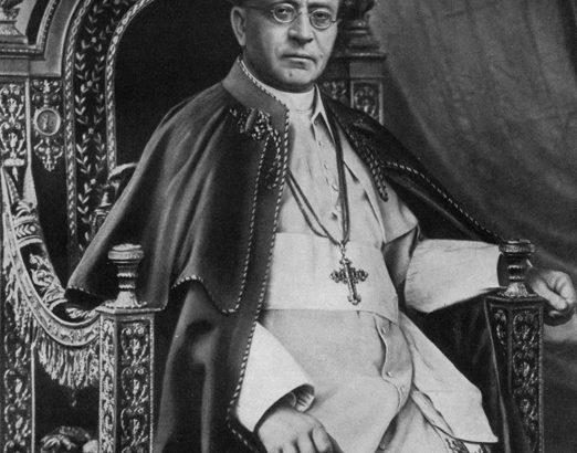 Pio XI. Folle è imprigionare in una sola razza Dio creatore del mondo