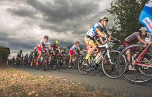 Giro della Lunigiana: un momento della seconda tappa che è arrivata a Fosdinovo