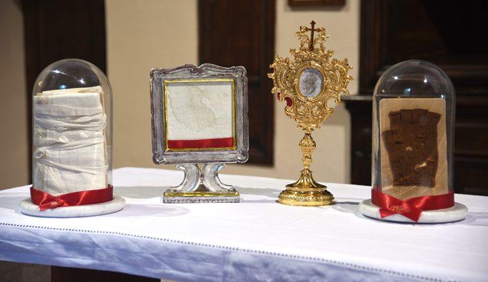 Le reliquie di S. Pio da Pietrelcina, donate per alimentare la fede e favorire la condivisione