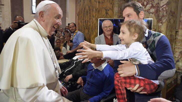 Il Papa a Cesena e Bologna: una politica e una città più a misura d'uomo
