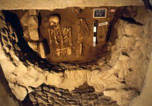 Pieve di Saliceto: lo scavo nel vano laterale nord