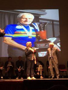 Severino Angella con il sindaco di Filattiera Annalisa Folloni