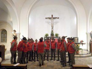 Il Coro Ana Monte Sillara durante la rassegna corale a Villar Perosa