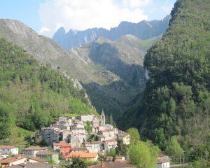 Panorama di Equi Terme