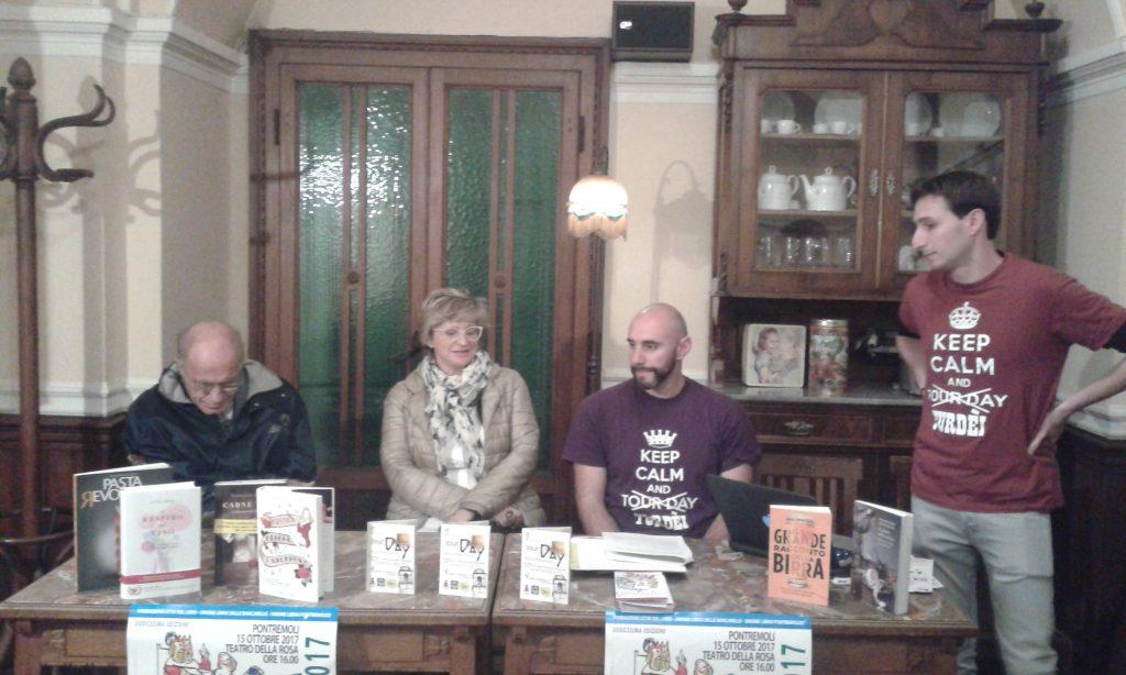 La presentazione delle varie iniziative del week end nella conferenza stampa tenutasi al bar degli Svizzeri