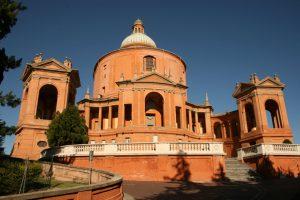 Il santuario della Madonna di SanLuca sul Colle della Guardia a Bologna