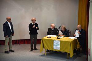 Il saluto di Paola Bianchi (Serra Club Pontremoli Lunigiana) e di Roberto Del Vecchio (Lions Club)