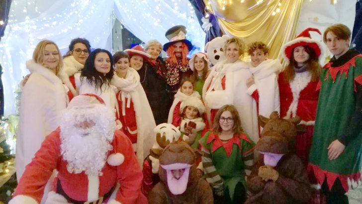 Pontremoli: Babbo Natale ha aperto di nuovo le porte del suo villaggio