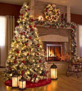 Un albero di Natale tradizionale