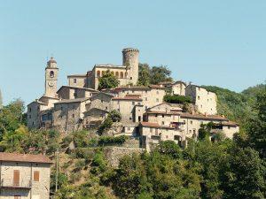 Un panorama del castello di Bagnone