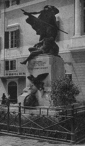Il monumento ai Caduti inaugurato a Pontremoli nel 1924