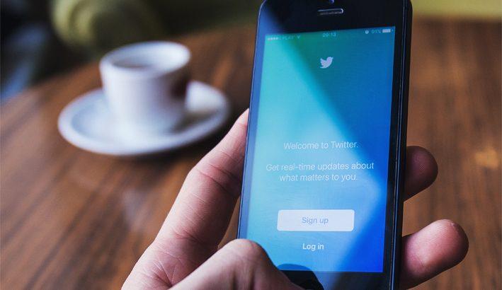 """Amnesty International: Twitter non è un """"luogo"""" sicuro per le donne"""