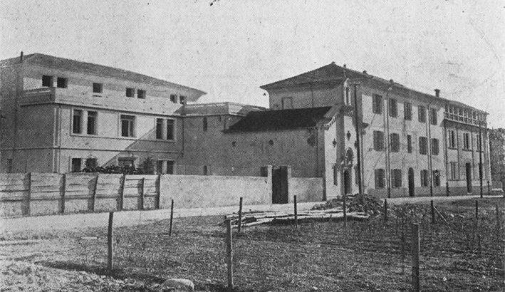 """L'istituto Leone XIII a Pontremoli: le """"orfanelle"""""""