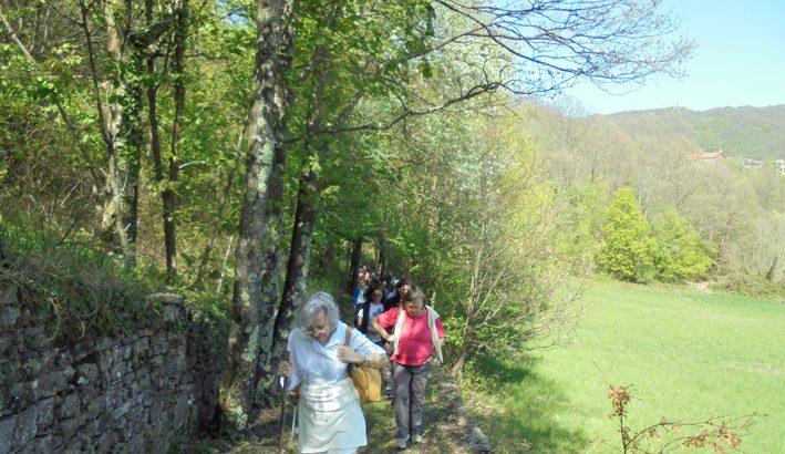 Pellegrinaggio da Montelungo a Succisa in onore di Santa Zita con una buona partecipazione