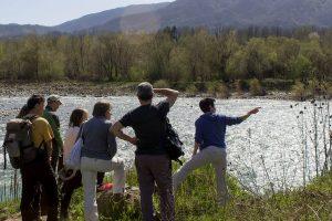 Il gruppo dei partecipanti all'ultimo incontro che si è tenuto nell'area del fiume Magra nei pressi di Filattiera