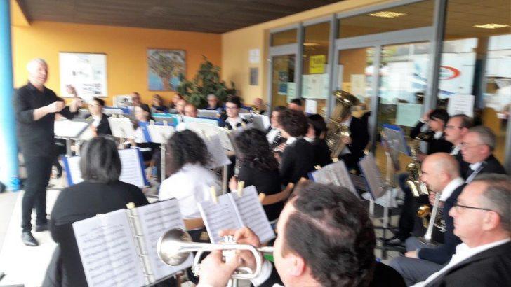 La Filarmonica Santa Cecilia di Pallerone ospite a Massarosa