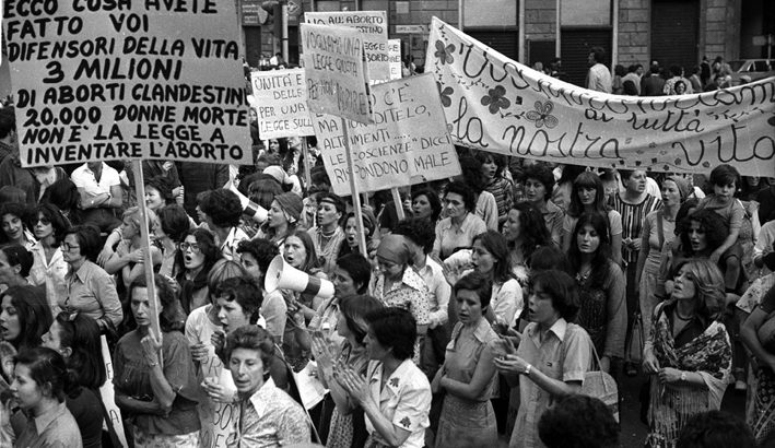 Il 22 maggio 1978 è approvata la legge sull'aborto