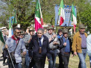 Il gruppo dell'ANPI alla cerimonia provinciale di Terzana (foto Massimo Pasquali)