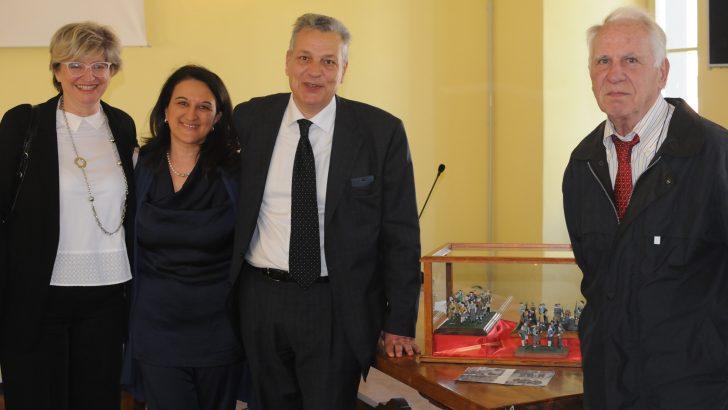 Partigiani in miniatura in onore della Seghettini
