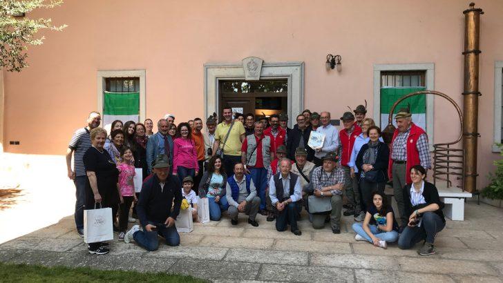 Il Coro A.N.A. Monte Sillara di Bagnone alla adunata degli alpini di Trento