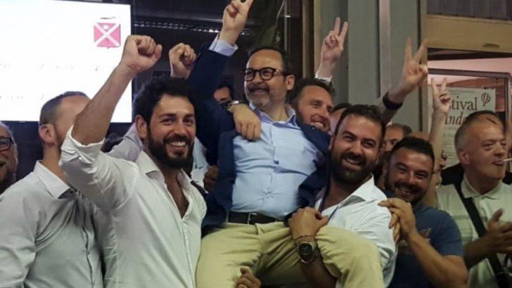 Persiani è il nuovo sindaco di Massa col centrodestra che sbaraglia un Pd disorientato