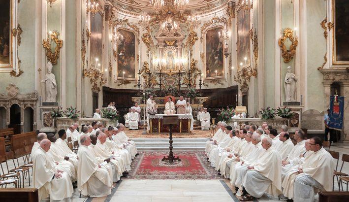 """Mons. Tommaso Valentinetti, """"Dio ha scelto gli ultimi"""""""