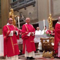 Diacono: nella Chiesa servitore per eccellenza
